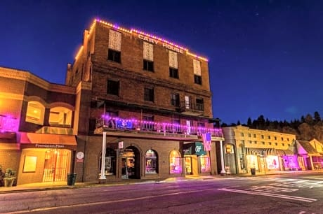 Historic Cary House Hotel Placerville Hotels Ca At Getaroom