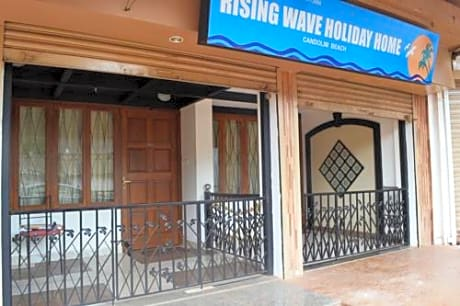 Rising Wave Holiday Home