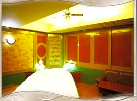 Kyoto Hotel Crown Adult Only