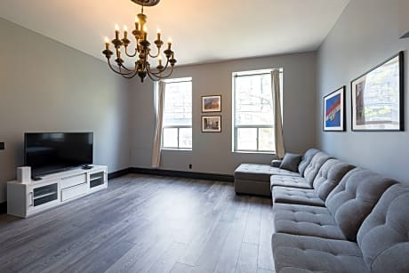 Applewood Suites - West Queen West Loft