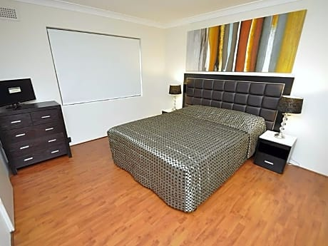 Balmain Furnished Apartments 4 Montague Street
