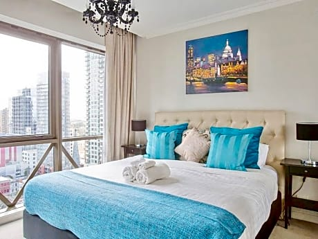Melbourne Luxury Cbd Apartment