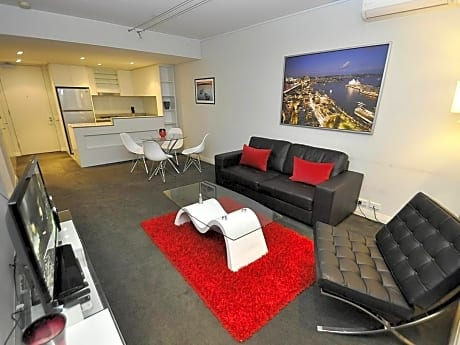Pyrmont Furnished Apartments D604 Point Street