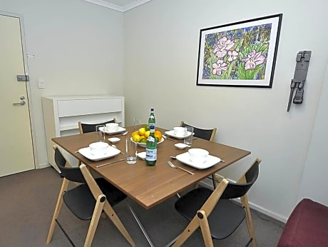 Surry Hills Furnished Apartments 403 Poplar Street
