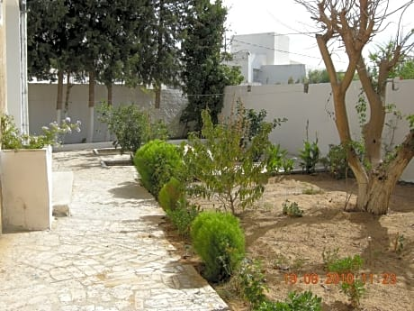 Villa With 6 Bedrooms in Bizerte, With Enclosed Garden - 2 km From the