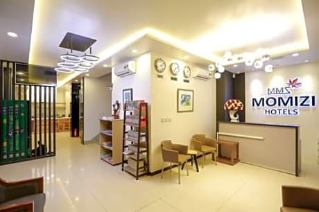 Momizi Business Hotel