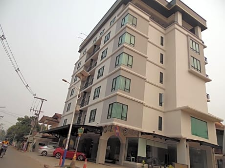 Sengvanthong Apartment