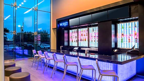 Aloft New York LaGuardia Airport