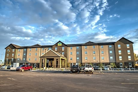 Western Star All Suites Signature Hotel