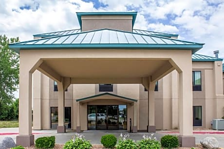 Comfort Inn Ankeny Des Moines Ankeny Ankeny Hotels Ia At Getaroom