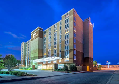 Doubletree By Hilton Hotel Biloxi Biloxi Hotels Ms At Getaroom