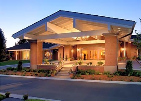 Little America Hotel Cheyenne Cheyenne Hotels Wy At Getaroom