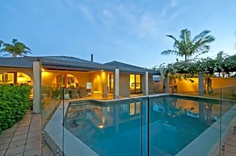 Bal Harbour Holiday Home