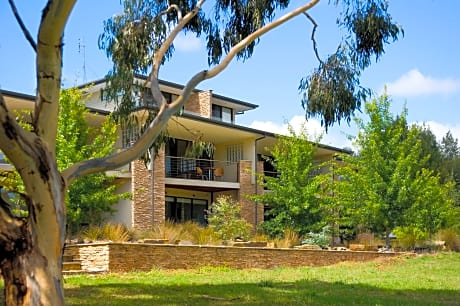 Lake Daylesford Lodge 4