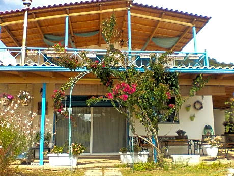 House With 3 Bedrooms in Elea, With Wonderful Mountain View, Enclosed