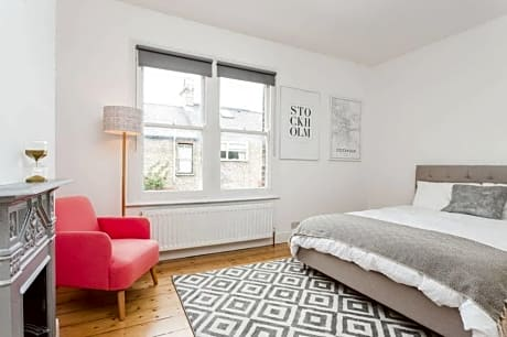 Bright And Modern 4 Bed In Cambridge
