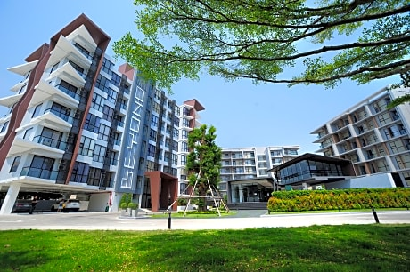 Beyond Condo & Serviced Apartment Rayong