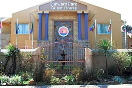 Sunward Park Guesthouse And Conference Center