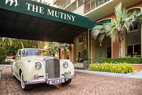 The Mutiny Hotel on the Bay in Coconut Grove