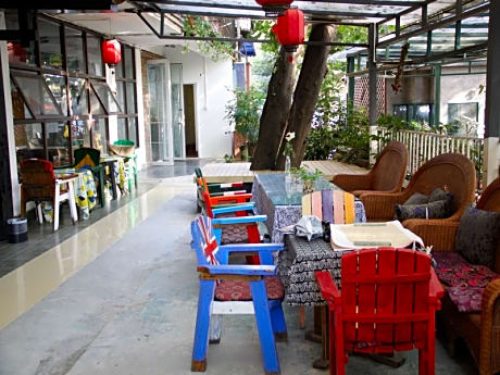 Chengdu Button Wood Hostel