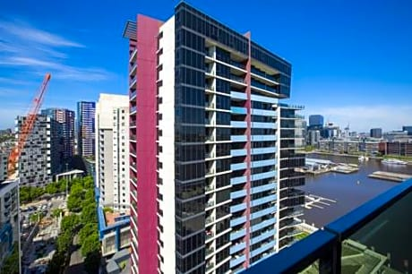 Apartments Melbourne Domain - New Quay Docklands - Guest ...