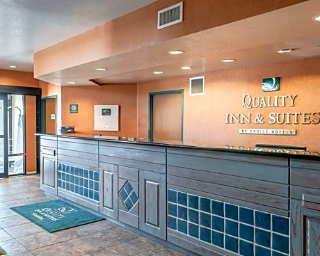 Quality Inn & Suites Hobbs - Guest Reservations