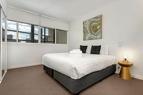 Melbourne Holiday Apartments South Wharf