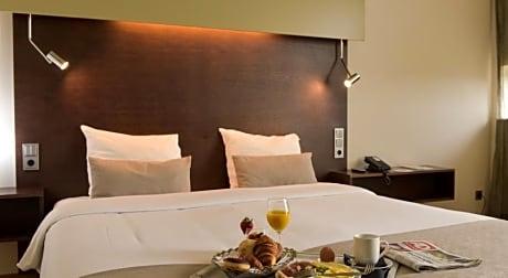 Dutch Design Hotel Artemis - Reviews, Photos & Rates | ebookers.com