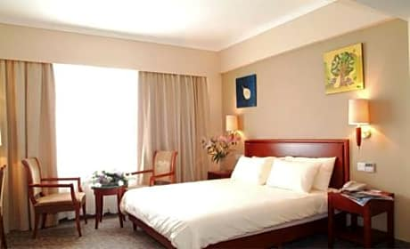 Greentree Inn Beijing East Yizhuang District Five Kechuang Street Business Hotel