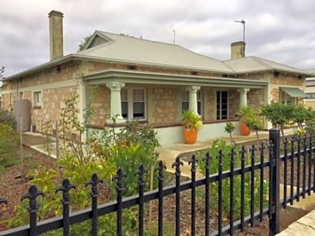 Macdonnell House Naracoorte