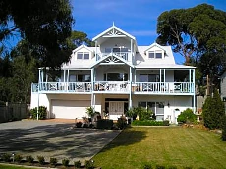 Silver Waters Bed & Breakfast